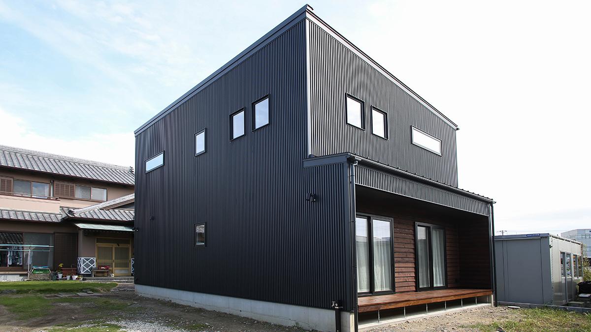屋根、外壁 ガルバリウム鋼板